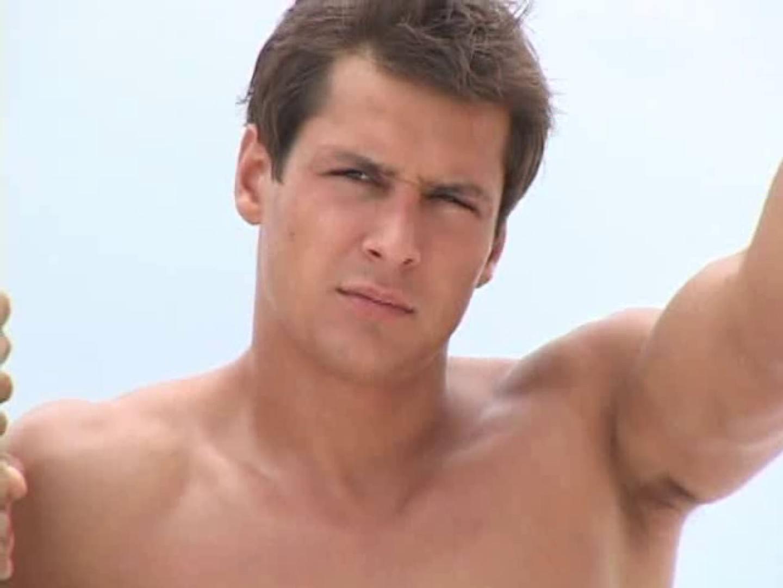 白銀のビーチサイドでイケメン3人組が華麗なポーズで写真撮影! 完全無修正  103pic 78