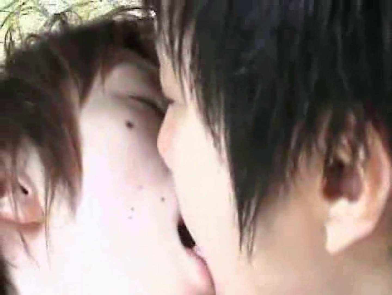 車の中で我慢しきれず発情するゲイカップル フェチ  65pic 15